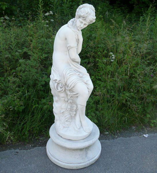 Gartendekor produits en pierre artificielle pour votre - Statue pierre reconstituee pour jardin ...